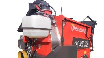 Un brumisateur pour une pailleuse � turbine sans poussi�re