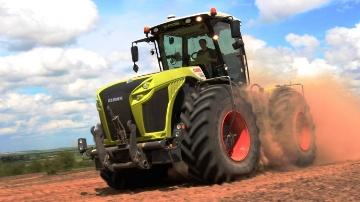 Les plus belles images de cinq tracteurs de plus de 300 ch