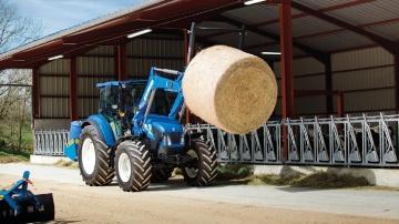 Le pont avant SuperSteer également disponible sur les tracteurs T4