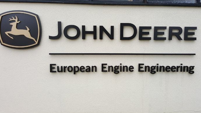 Visite d'usine moteur - John Deere Power System, le Made in France de l'Américain