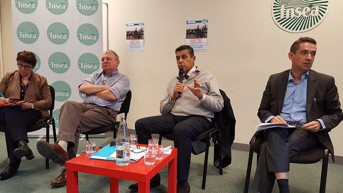 De gauche à droite, Christiane Lambert, Henri Brichard, Xavier Beulin et Jérôme Despey le 13 décembre 2016 lors de la présentation des 13 mesures pour la présidentielle 2017.