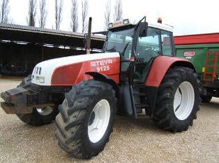 La gamme CS a int�gr� le catalogue Case IH suite au rachat de Steyr.