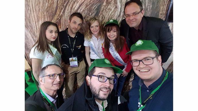 Les miss agri et les FranceAgriTwittos se rencontrent au salon international de l'agriculture Sia 2018 à Paris