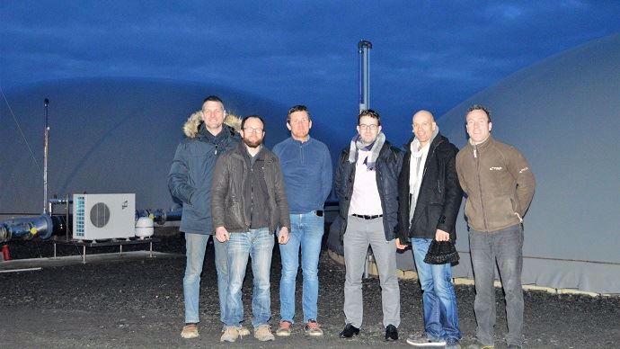 Les 6 associés, issus de 3 exploitations, sont sociétaires de la SAS MéthaFerchaud à Martigné Ferchaud (35).