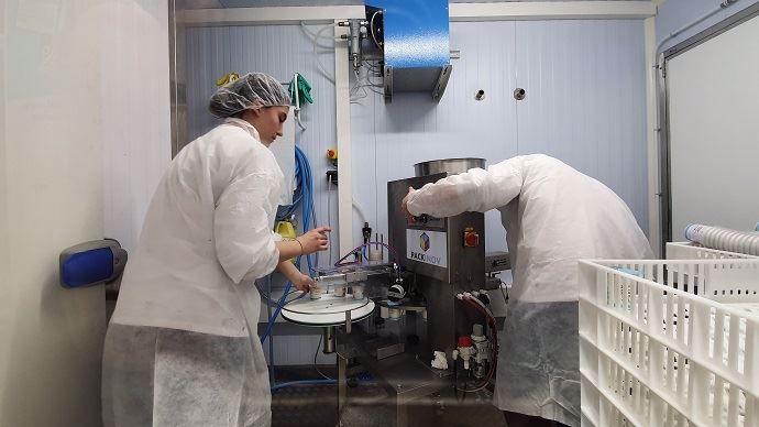 Pasteurisateur, étuve, conditionneuse: le conteneur-yaourterie