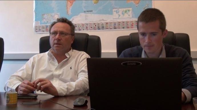 Michel Portier, directeur d'Agritel, répond aux questions des agriculteurs sur la commercialisation de leurs récoltes 2014.