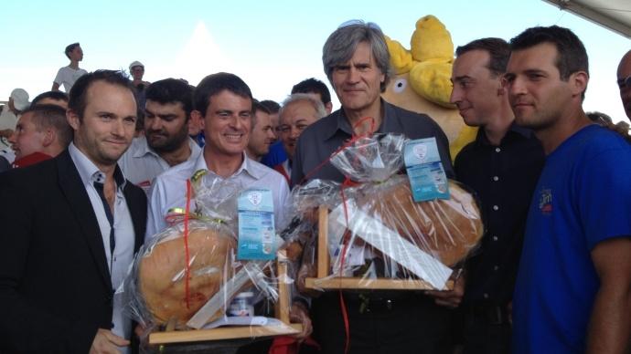 Manuel Valls et Stéphane Le Foll, lors des Terres de Jim, à Saint-Jean-d'Illac en septembre 2014