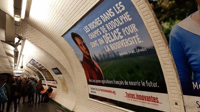 Onze jeunes agriculteurs s'affichent dans lemétro parisien