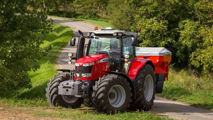 Le MF 6715S est proposé en 40 km ou 50 km avec différents PTAC