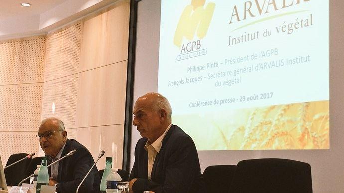 Philippe Pinta, président de l'AGPB, et François Jacques, secrétaire général d'Arvalis-Institut du végétal, mardi 29 août 2017.
