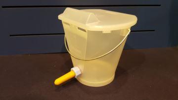 Téticlear, un seau transparent pour voir au travers