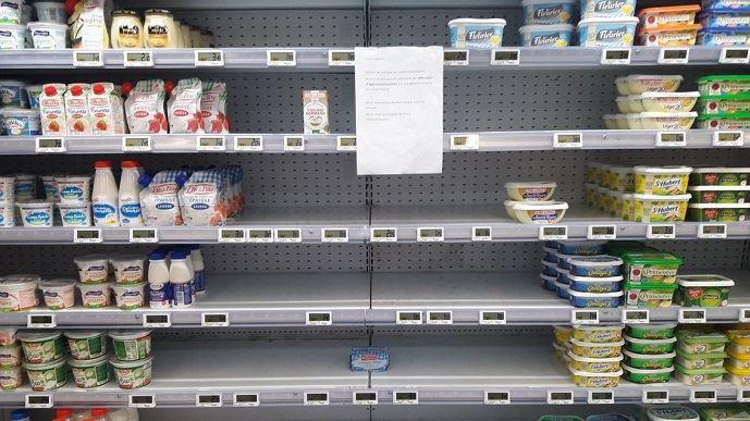 Selon Dominique Chargé, président de la FNCL, la pénurie de beurre relève en partie de la responsabilité des enseignes qui refusent de revoir à la hausse les prix.