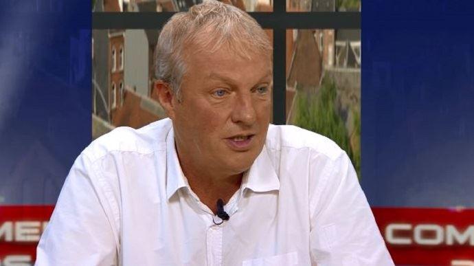 Ici sur le plateau d'une chaîne de télé belge, Erwin Schöpges, originaire d'Amblève est le nouveau président de l'European Milk Board (EMB)