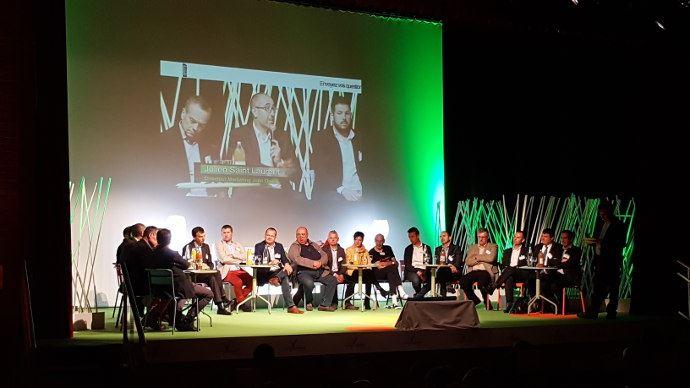 La Table Ronde géante du premier forum agroéquipement organisé par Axema