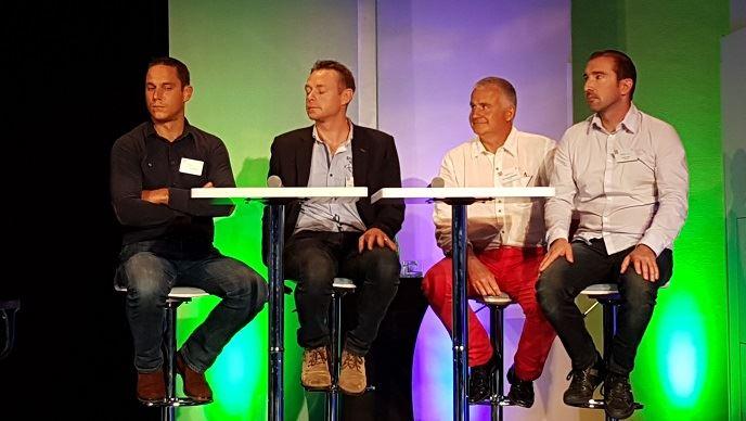 De gauche à droite, Jean-Louis, Thierry, Jean-Marie et Charly, agriculteurs membres de Capital propreté parcelles.