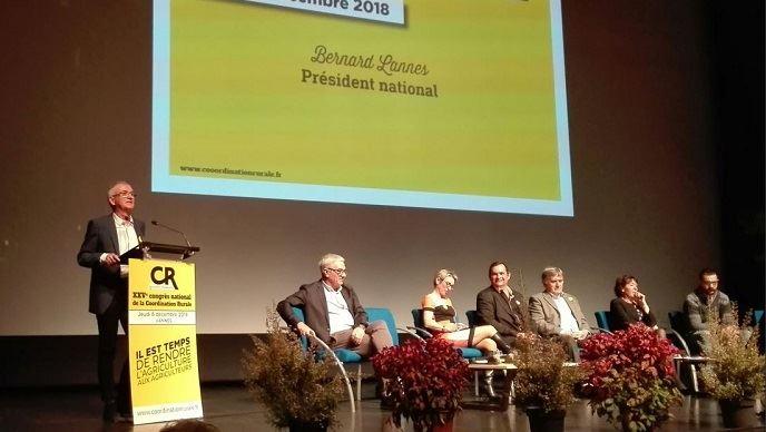 A Vannes, les leaders de la Coordination rurale ont chauffé la salle en vue des élections des chambres d'agriculture.