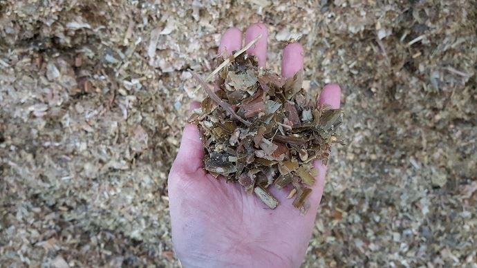 La prévention par de bonnes pratiques agronomiques au champ, des stockages de fourrages et d'aliments bien menés et rigoureux, des taux de matières sèches des ensilages pas trop élevés peut minimiser la contamination des fourrages par les mycotoxines.