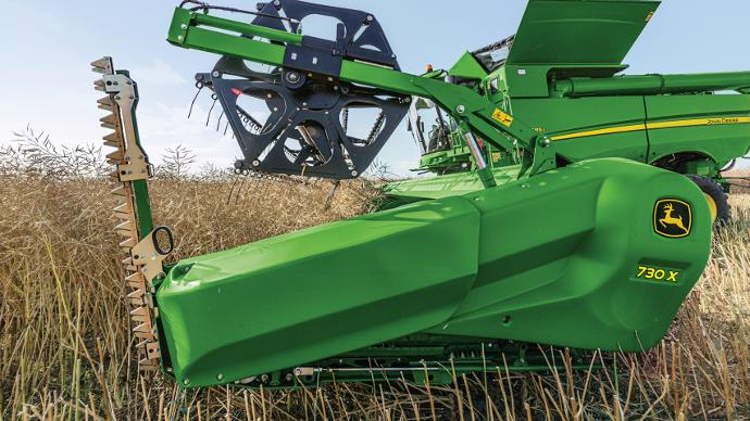John Deere propose une nouvelle barre de coupe à longueur variable baptisée X700