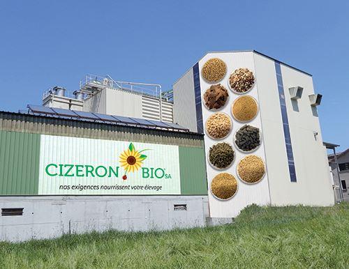 L'entreprise Cizeron bio, située dans la Loire, s'est vue recevoir le prix spécial bio du jury des Sommets d'or pour son noyau protéique pour les aliments des élevages biologiques.
