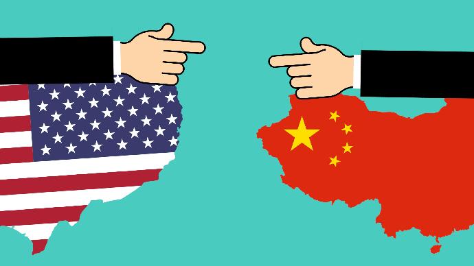 Drapeaux des États-Unis et de la Chine