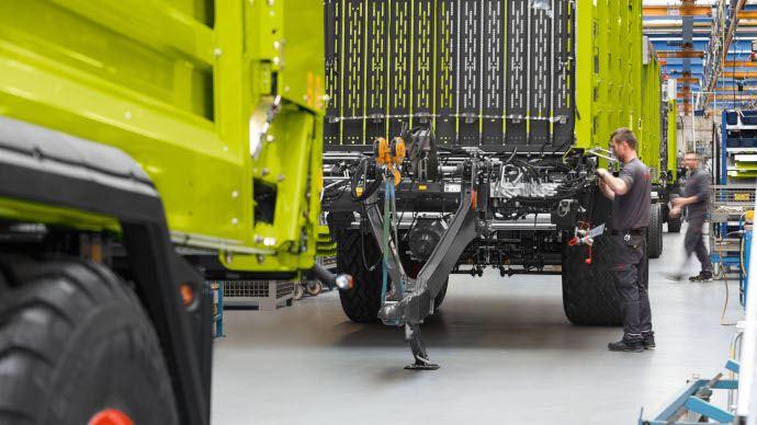 Fabrication d'une remorque autochargeuse Claas Cargos