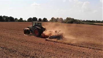Des semis de maïs bien avancés voire terminés pour certains avant la pluie