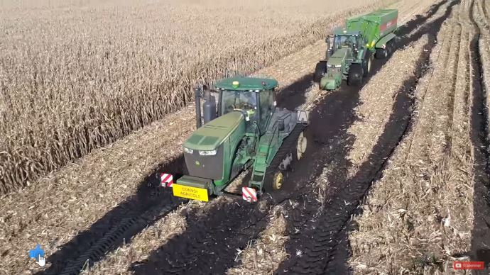 Chantier de récolte maïs grain XXL
