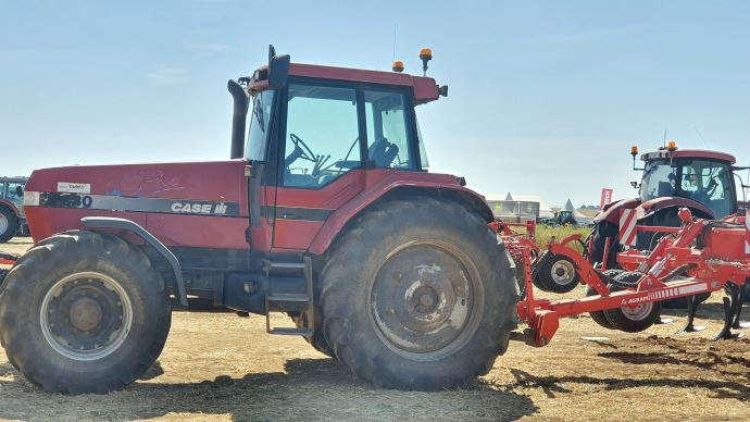 Tracteur Case IH ancienne génération
