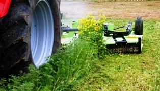 Une grande partie du plan d'urgence « Sarkozy » soutient le marché du matériel agricole
