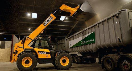 Jcb 550-80 : plus haut, plus fort !