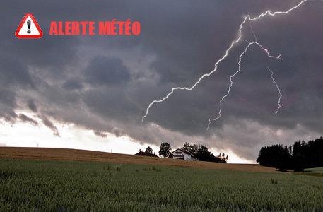 Les rafales de vent devraient atteindre localement les 110 km/h en Vendée