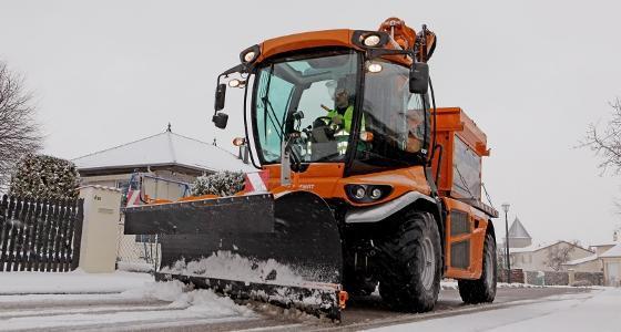 Vsv Noremat au raclage des routes en hiver