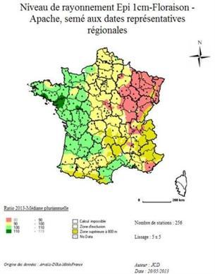 Carte 3 : Rapport (%) à la moyenne pluriannuelle du rayonnement cumulé épi 1 cm-floraison en 2013