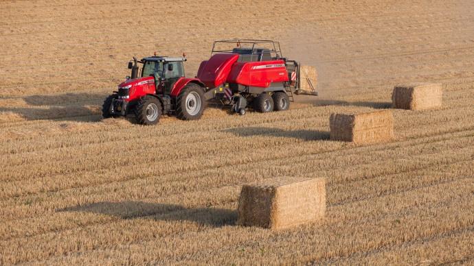 Jusqu'à 20 % de densité en plus avec la série 2200 de Massey Ferguson