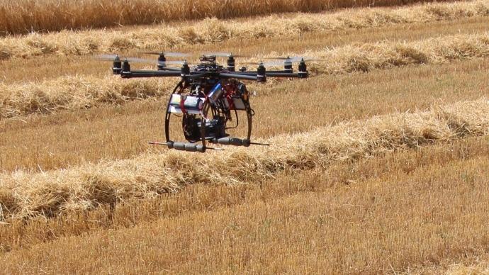 Des drones pour un meilleur suivi des pratiques agronomiques