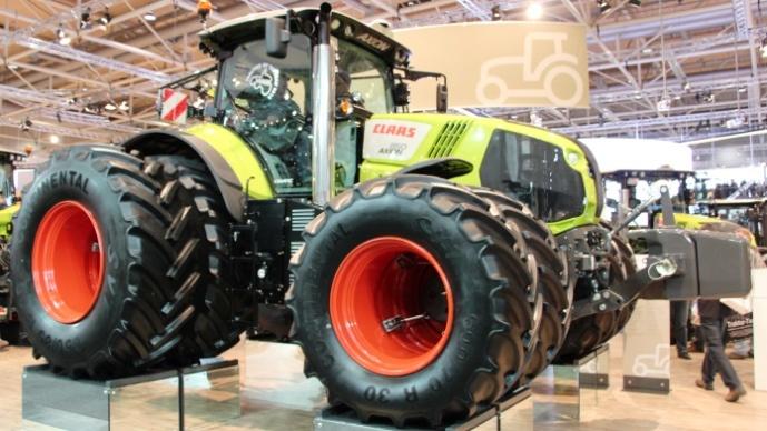 Un doublé pour le Claas 850 Cmatic ! Elu Tracteur de l'année 2014 et Machine de l'année à Agritechnica 2013.